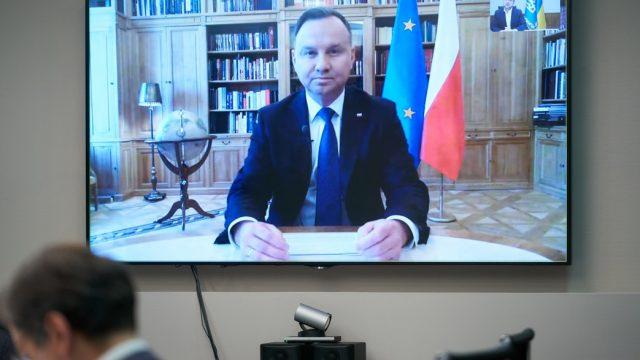 Зеленский провел телефонный разговор с Президентом Польши Анджеем Дудой