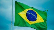 Власти Бразилии разрешили применять против COVID-19 британскую вакцину от AstraZeneca