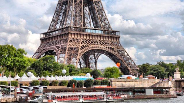 Эйфелева башня откроется для посещений