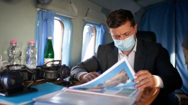 Президент начал рабочую поездку на Одесчину