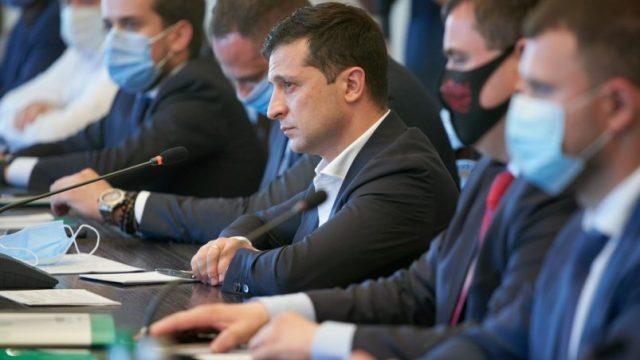 Наши послы должны быть амбассадорами украинского экспорта, – Зеленский