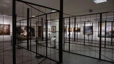 В Киеве открылась выставка картин Порошенко