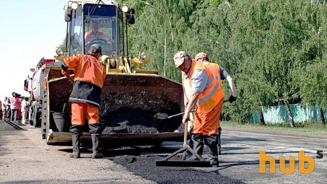 Укравтодор ведет ремонтные работы почти на 4 тысячах километров