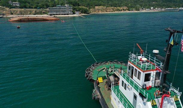 АМПУ  подпишет договор с подрядчиком на эвакуацию затонувшего танкера Delfi