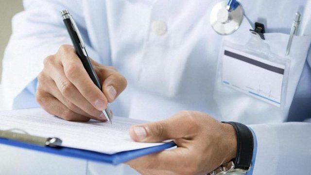 Количество кадров в сфере здравоохранения в Украине уменьшилось