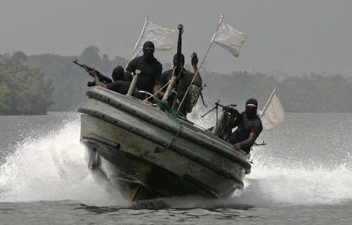 У берегов Нигерии пираты захватили в плен 4 украинцев