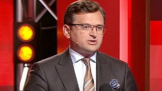 Все контакты с белорусской стороной поставлены на паузу, - Кулеба