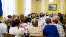 Зеленский встретился с членами семей погибших военных и пропавших без вести граждан