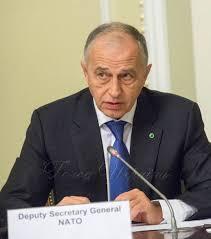 Генсек НАТО заявил о кибернетической угрозе со стороны РФ и Китая