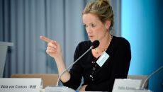 В Европарламенте заявили об угрозе срыва безвизового режима для Украины