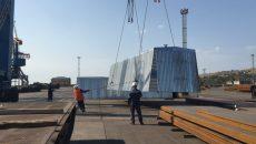 В Мариупольском порту испытали мобильные укрытия для металлопроката