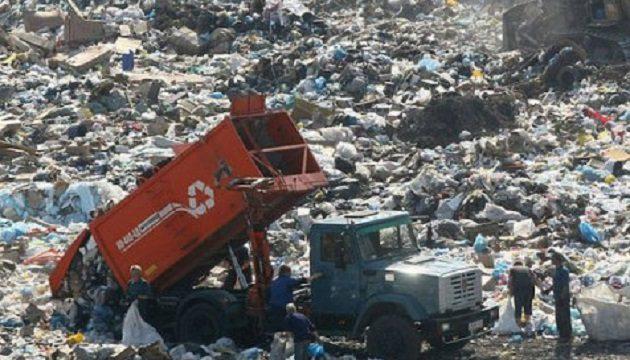 Кличко намерен закрыть самый большой мусорный полигон в Украине