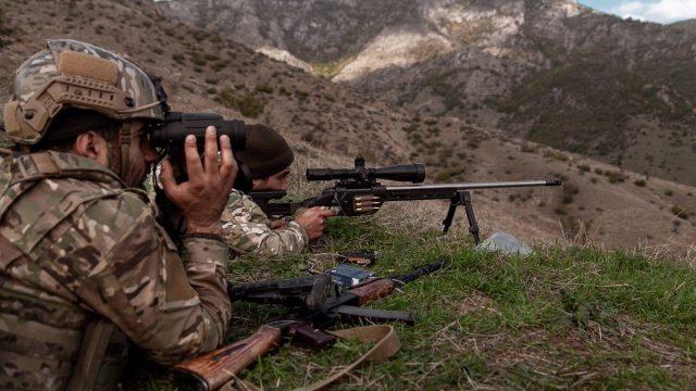 Стороны конфликта в Карабахе обвиняют друг друга в нарушении договоренностей о перемирии