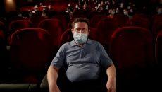 Кинотеатрам разрешили работать в