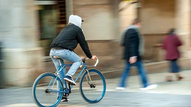 В Украине заработали новые правила для велосипедистов