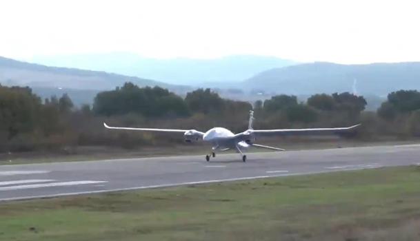 В Турции успешно испытали дрон Akinci