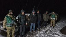 На Львовщине пограничники задержали россиянина с группой нелегалов