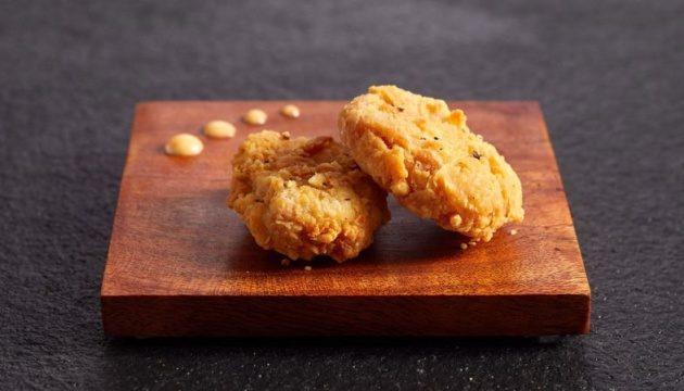 Сингапур разрешил продажу искусственной «курятины»