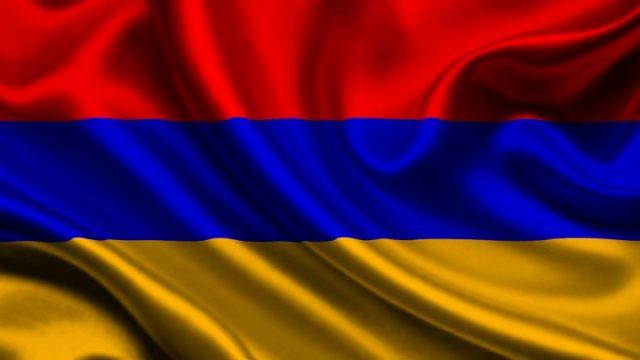 Оппозиция потребовала от премьера Армении уйти в отставку