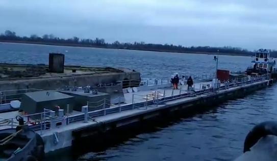 Для ВМС Украины построили плавучий причал