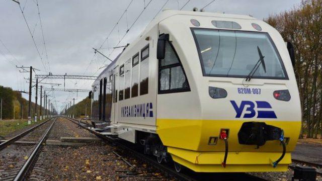УЗ модернизировала и капитально отремонтировала 100 локомотивов