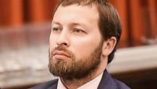 Экс-глава ГФС «дорисовал» себе 1000% надбавки к окладу – прокуратура
