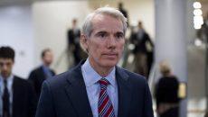 Американский сенатор напомнил Украине о борьбе с коррупцией