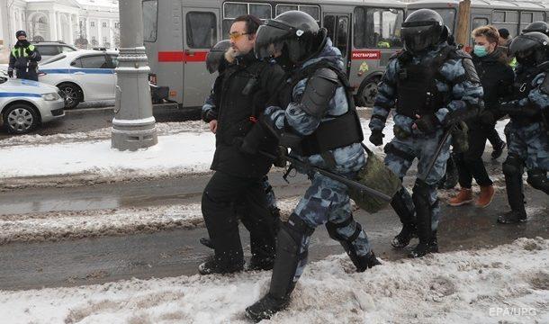 В РФ продолжаются протесты