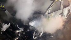 Ночью в Киеве сожгли авто политтехнолога и журналиста Егорова, он связывает это с профессиональной деятельностью