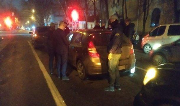 В Николаеве задержаны три чиновника Минюста