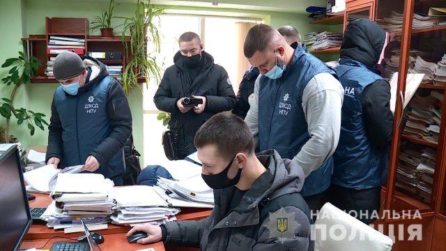 Чиновники УЗ уличены в краже средств на ремонт пригородного вокзала Киева