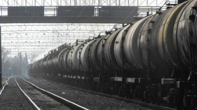 УЗ планирует вывозить из морпортов 200 тыс. тонн нефтепродуктов в месяц