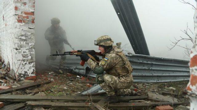 Боевики на Донбассе продолжают нарушать «тишину»