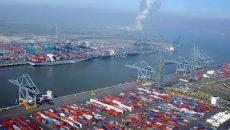Украинские морпорты сократили обработку грузов на 21% - АМПУ