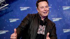Маск озвучил дату начала выпуска самого быстрого серийного автомобиля в мире