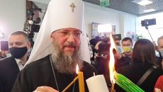 Благодатный огонь прибыл в Украину