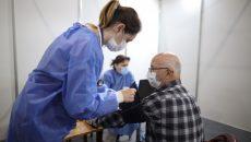 Контракты на вакцинацию от COVID-19 подписали 945 медучреждений