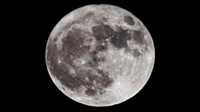 NASA все еще планирует отправить людей на Луну