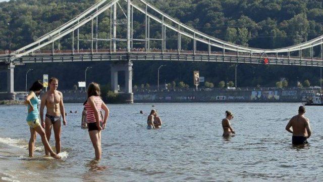 В Киеве проверяют зоны отдыха возле водоемов