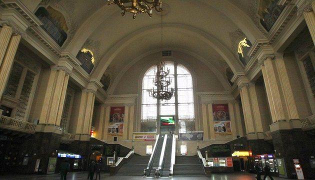 УЗ заменит эскалаторы на Центральном вокзале в Киеве