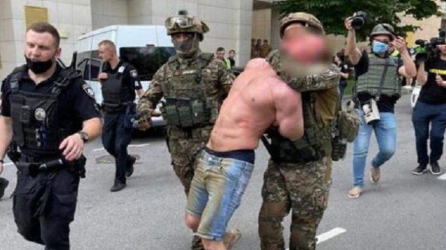 Стрельба в Киеве: стрелявшего мужчину задержали