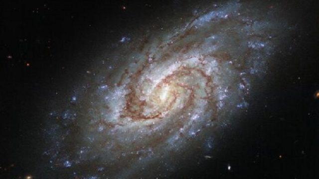 Hubble заснял спиральную галактику