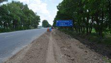 У Полтавській ОДА та Службі автодоріг відсторонились від контролю якості будівництва доріг