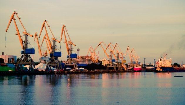 «Дочка» швейцарской RISOIL инвестирует в морпорт Черноморск