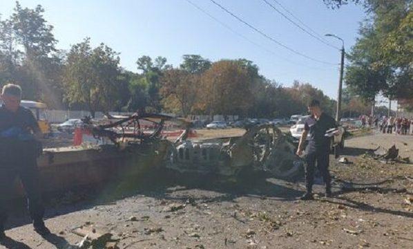 В Днепре взорвалась машина, погибли два человека