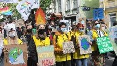 В столице прошел климатический марш