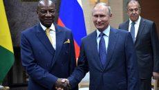 Президента Гвинеи арестовали военные