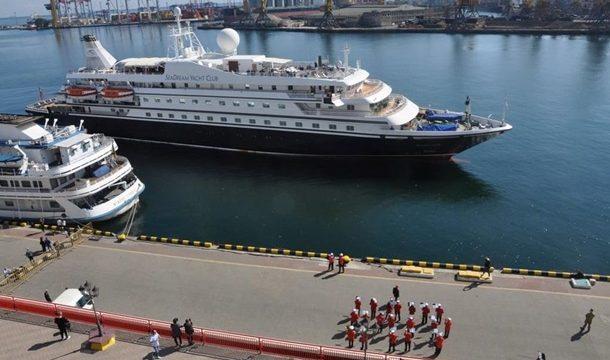 В Одесский порт прибыл первый с начала пандемии круизный лайнер