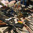В столице правоохранители занимались незаконной продажей оружия – прокуратура